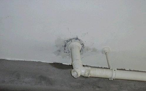 卫生间漏水怎么办